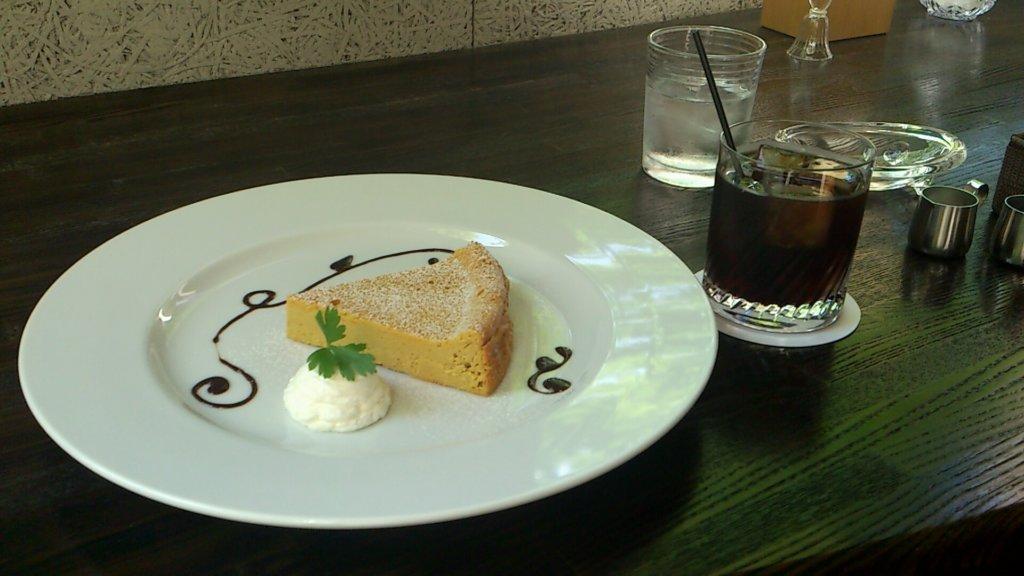 花論珈琲 かぼちゃチーズケーキ
