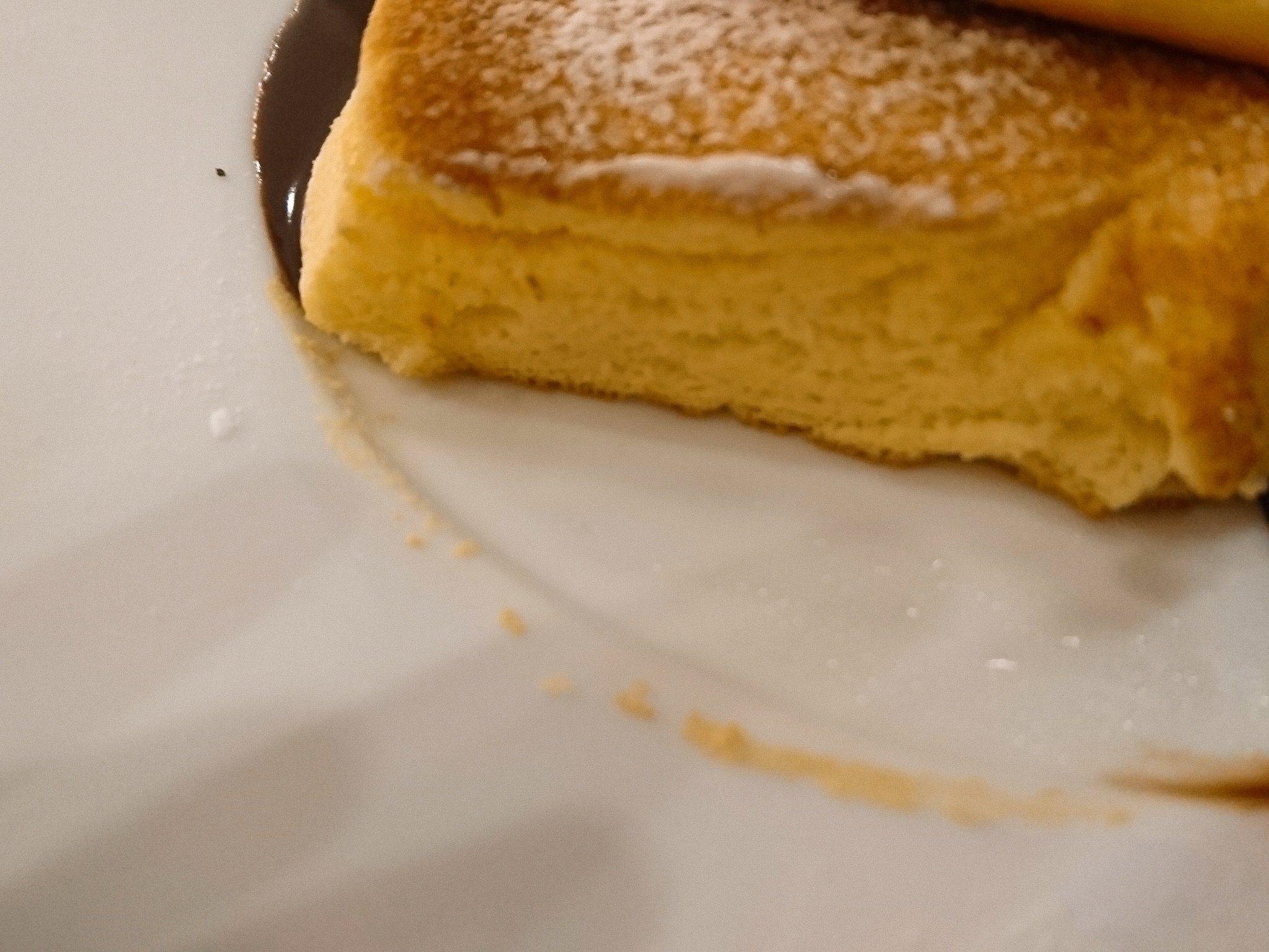 幸せのパンケーキ札幌店 パンケーキ断面