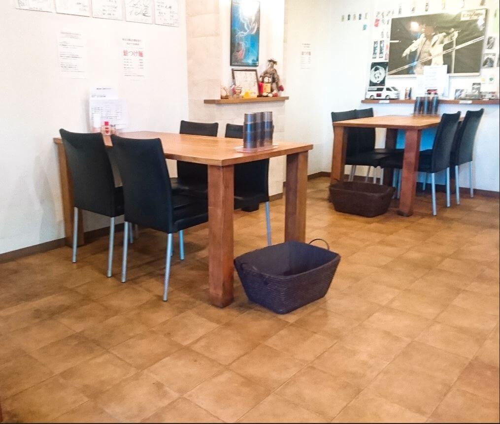 赤松 テーブル席
