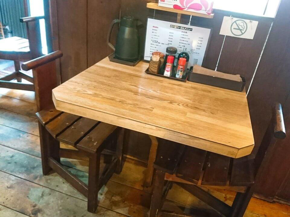 たけ蔵 テーブル席