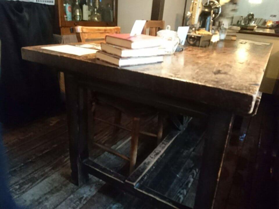 森彦 テーブル席