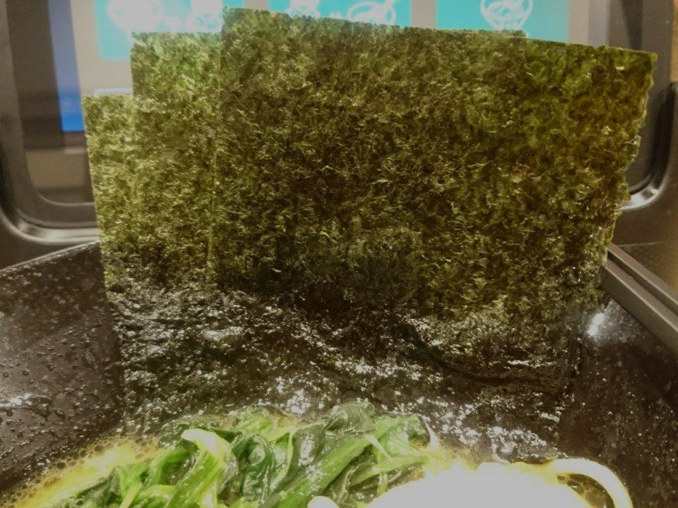 銀家 札幌宮の森店 とんこつ醤油ラーメン のり