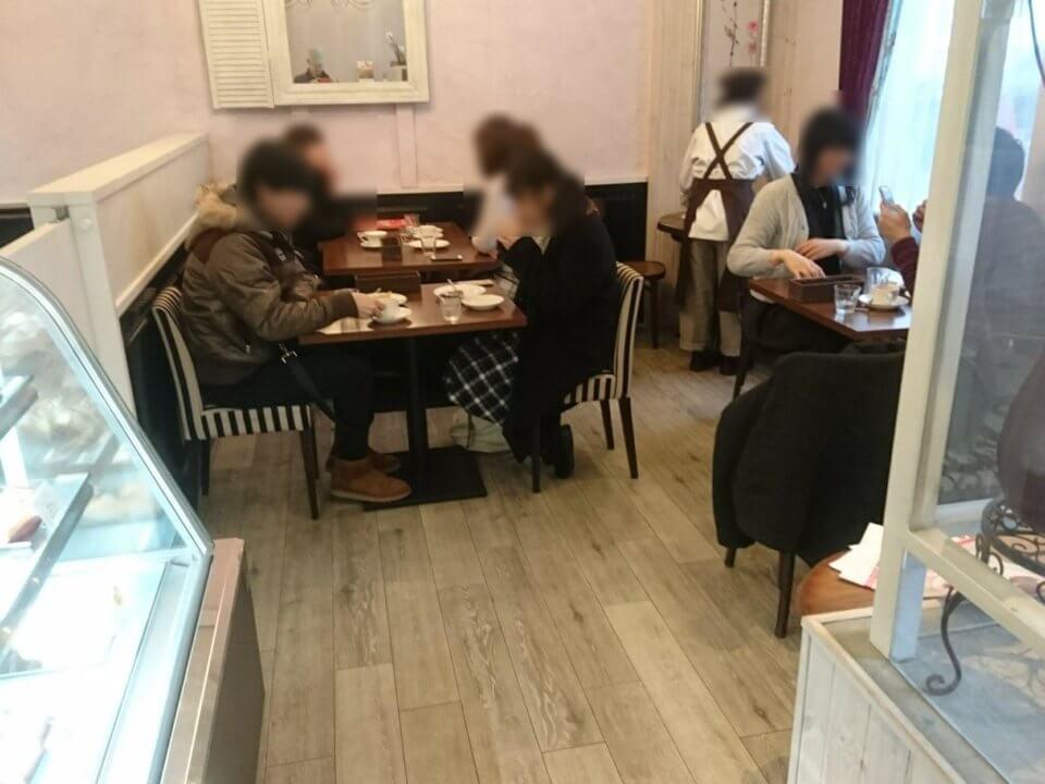Buono Buono(ボーノボーノ)カフェスペース