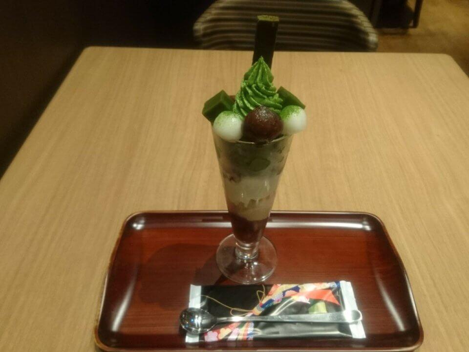 清水一芳園 三井アウトレットパーク札幌北広島 特濃宇治抹茶パフェ