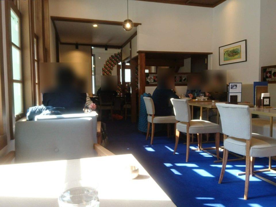 和洋折衷喫茶 ナガヤマレスト 店内