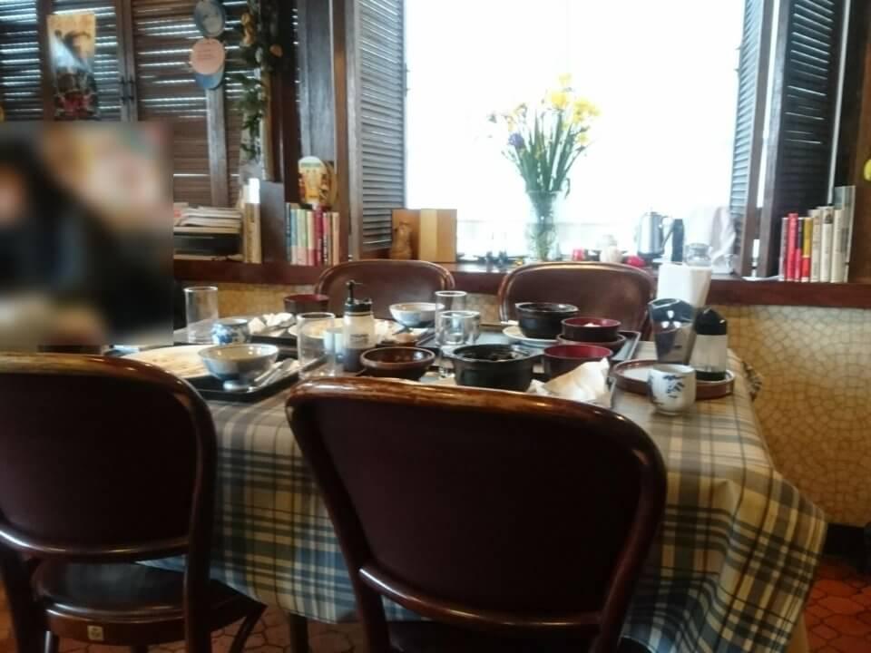 キッチン一力 テーブル席