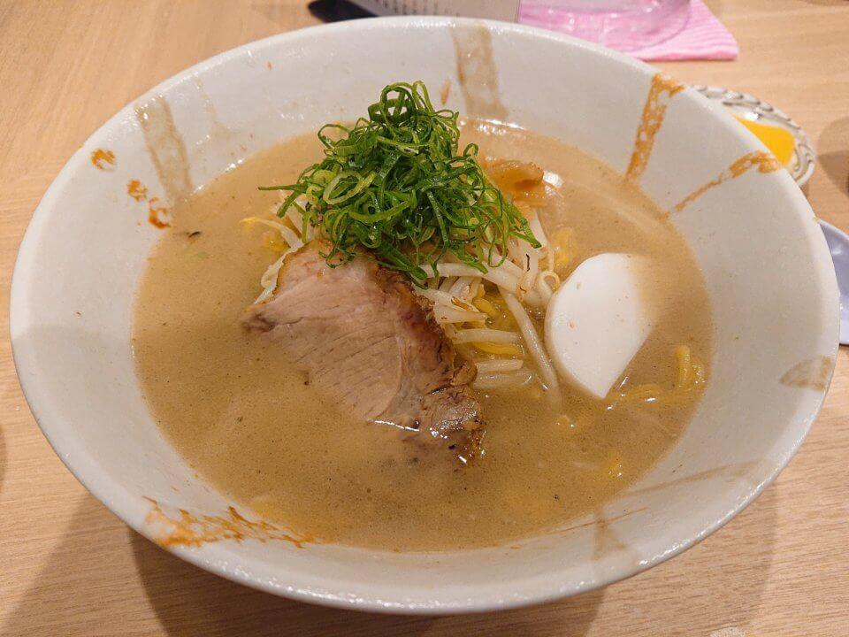 札幌 麺屋美椿(MITSUBA みつば)塩ラーメン