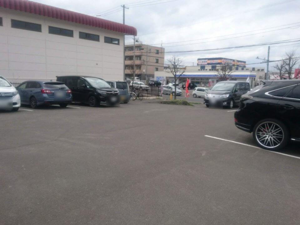 麺屋 雪風 清田店 駐車場