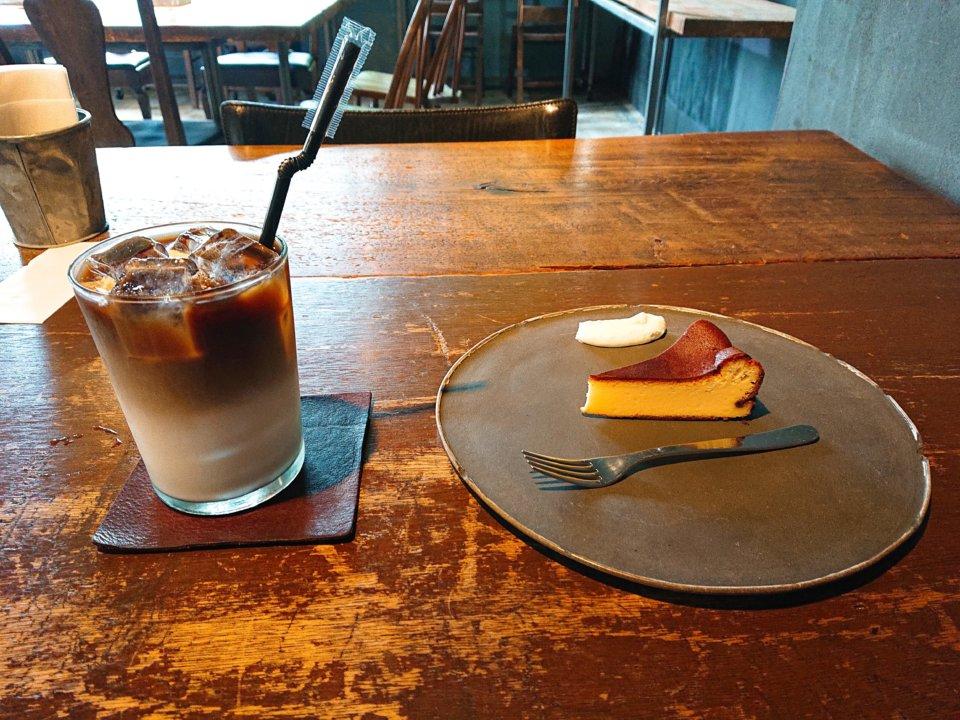 PLANT SATO COFFEE アイスカフェオレ ベイクドチーズケーキ
